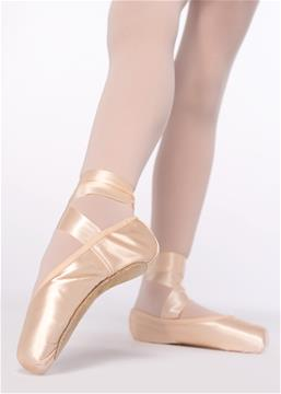 PREPARATORY POINTE SHOES. 1 STEP -EXAM ( from 9 years and up)